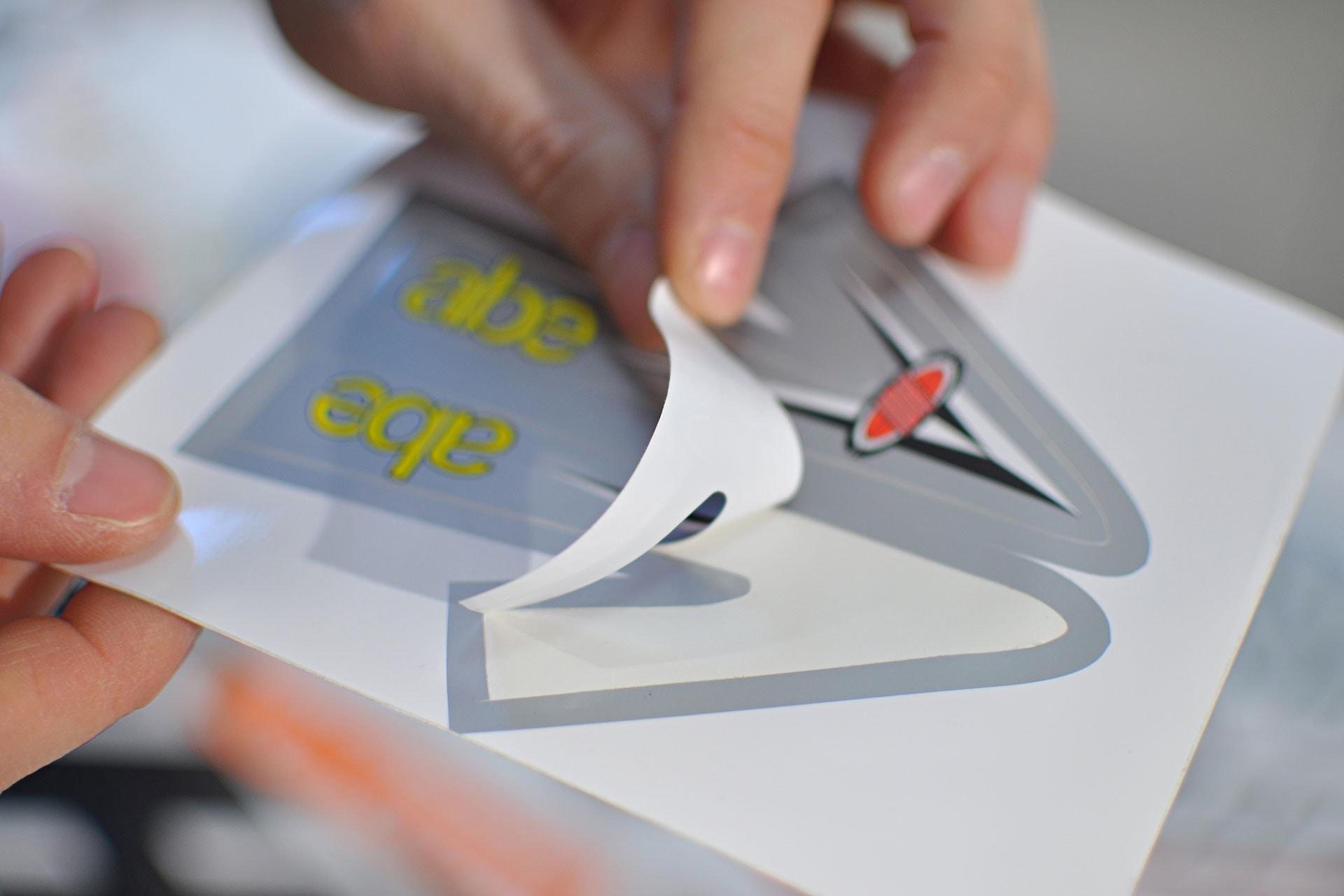 Etichette adesive serigrafiche mezzotaglio