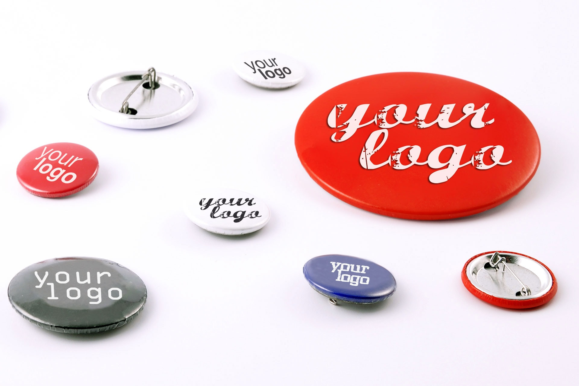Pins stampate con logo