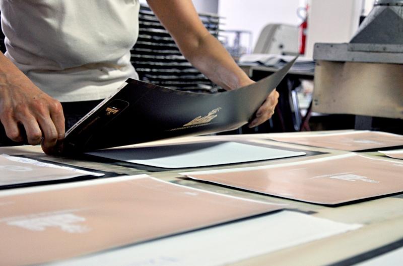 Produzione gadget in sublimazione serigrafica, digitale, offset