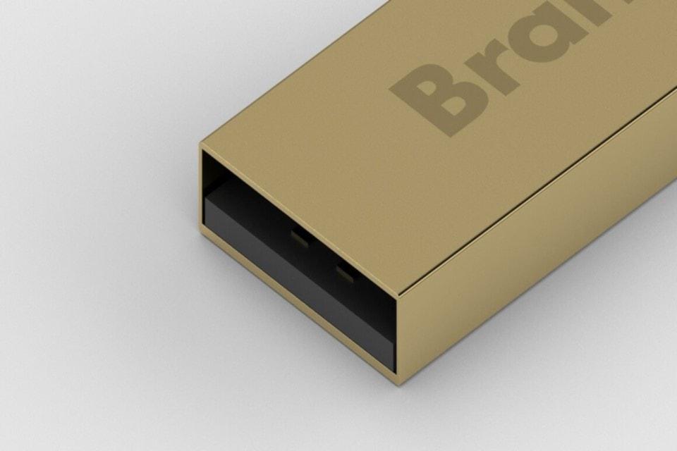 Pen drive in metallo colore oro