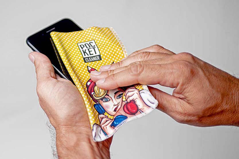 Microfibra per pulizia degli smartphone
